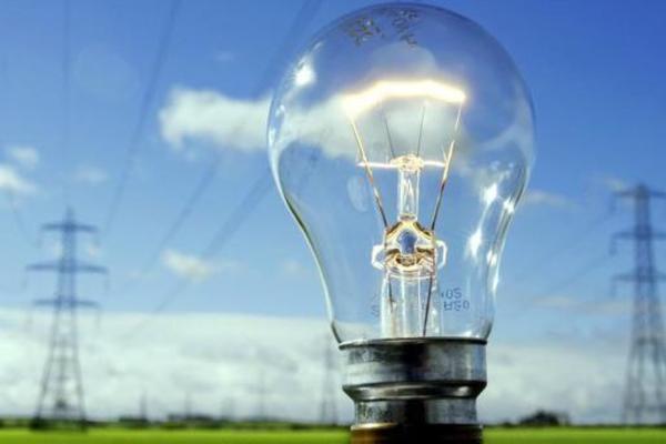 З 1 січня в Україні запустили ринок електроенергії: тепер всі повинні оформити нові договори