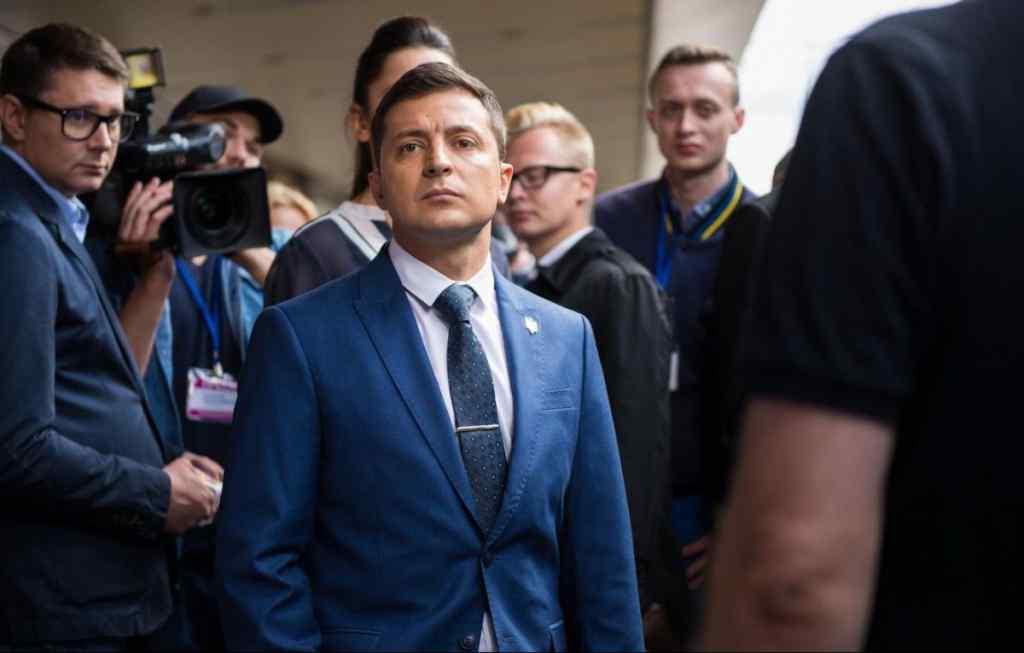 У свій день народження:  Зеленський подав документи для реєстрації кандидатом на пост президента України