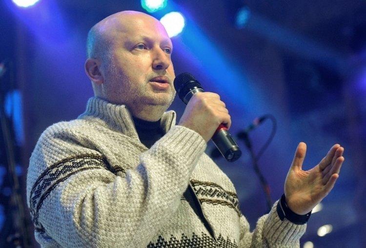 Турчинов натякнув на те, як Росія тікатиме з Донбасу: гучні слова секретаря РНБО