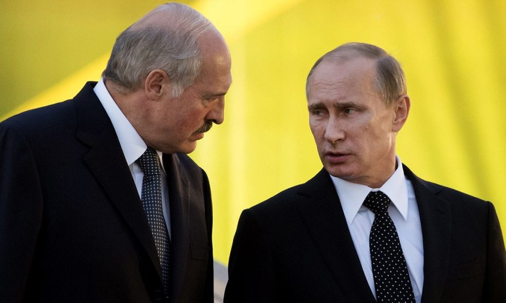 """Лукашенко на Новий рік різко """"відшив"""" Путіна: """"Ми повинні зберегти країну"""""""