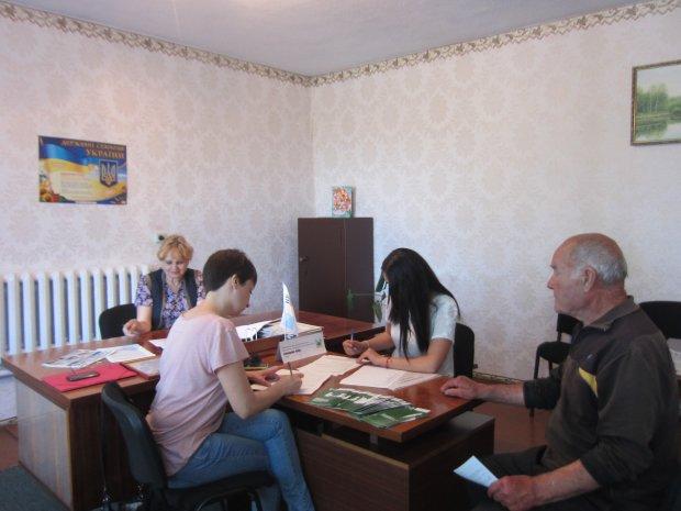 Кожен українець може зекономити на податках: що потрібно зробити
