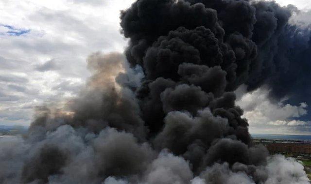 Потужний вибух прогримів у Криму, багатоповерхівка в вогні: перші подробиці
