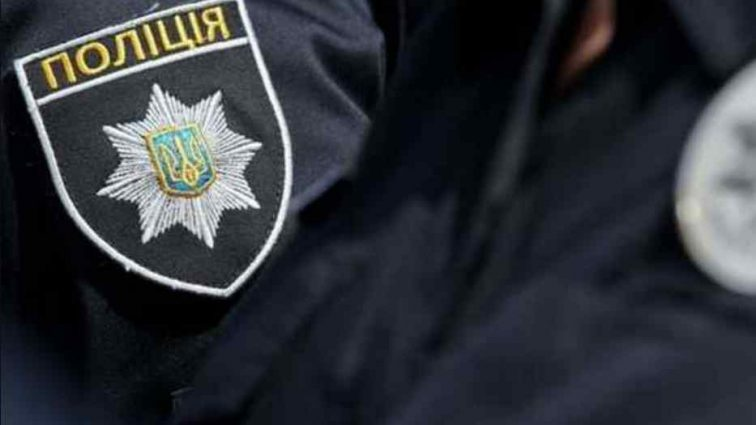 Забув частини тіла в сумці на узбіччі: на Київщині п'яний вбивця розчленував співмешканку