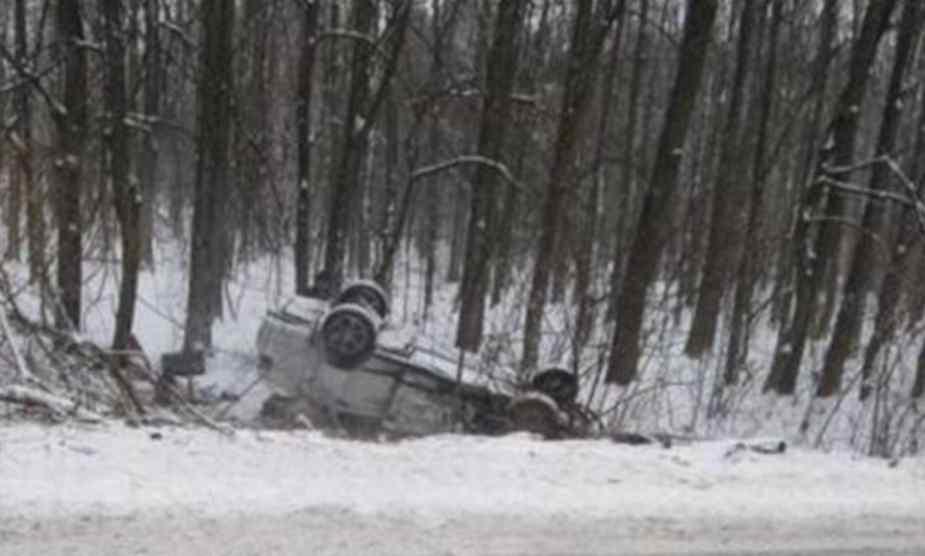 Моторошна ДТП на українській трасі: автомобіль перекинувся на дах, постраждалі – в реанімації