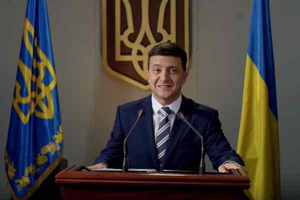 """""""Все по-іншому!"""": Зеленський назвав перший крок передвиборчої програми"""
