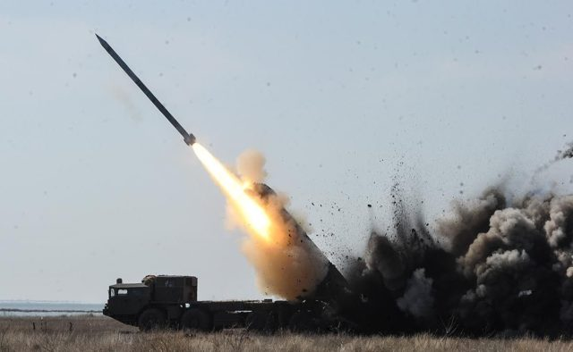 """Долетять за декілька хвилин! Росія заявила про ракетний удар """"Циркон"""""""