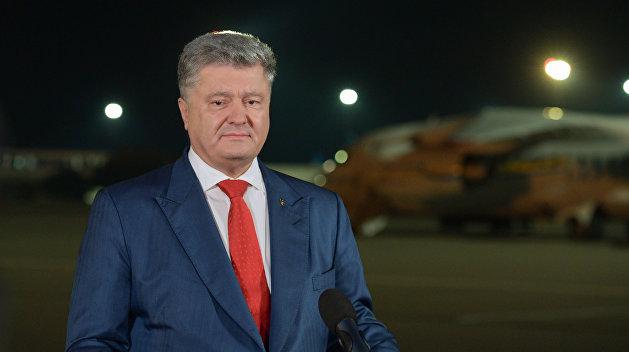 За 7 днів – 70 млн. Українці приголомшені тратою коштів Порошенком. Як тоді подолати бідність?