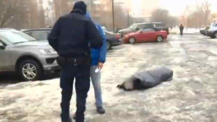 Люди просто проходили повз: В Києві через байдужість людей помер чоловік
