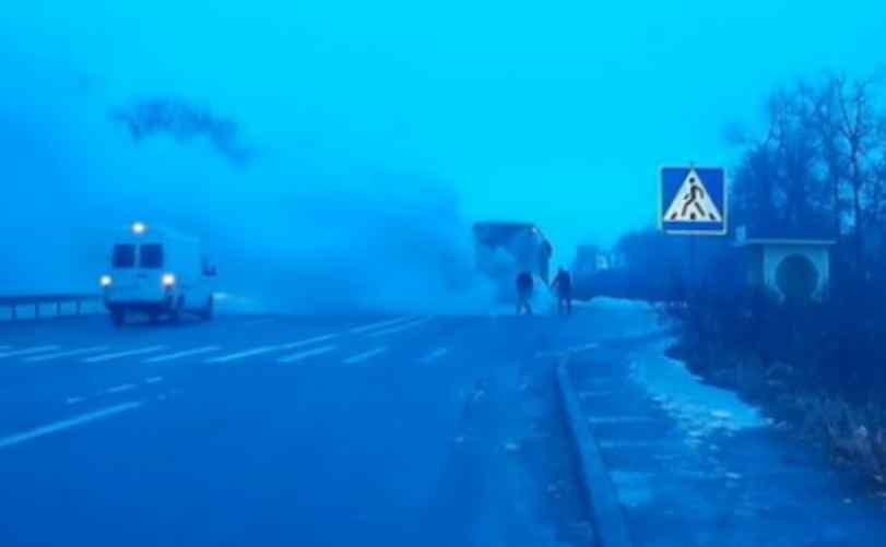 Їхали з Польщі: Під Житомиром загорівся пасажирський автобус, перші подробиці