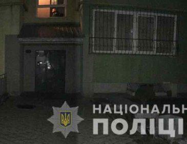 Тіло знайшла донька: В Івано-Франківську чоловік  жорстоко вбив рідну матір