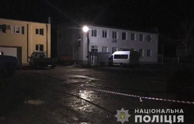 Тіло знайшли на стоянці: На Хмельниччині 23-річна дівчина жорстоко вбила іноземця