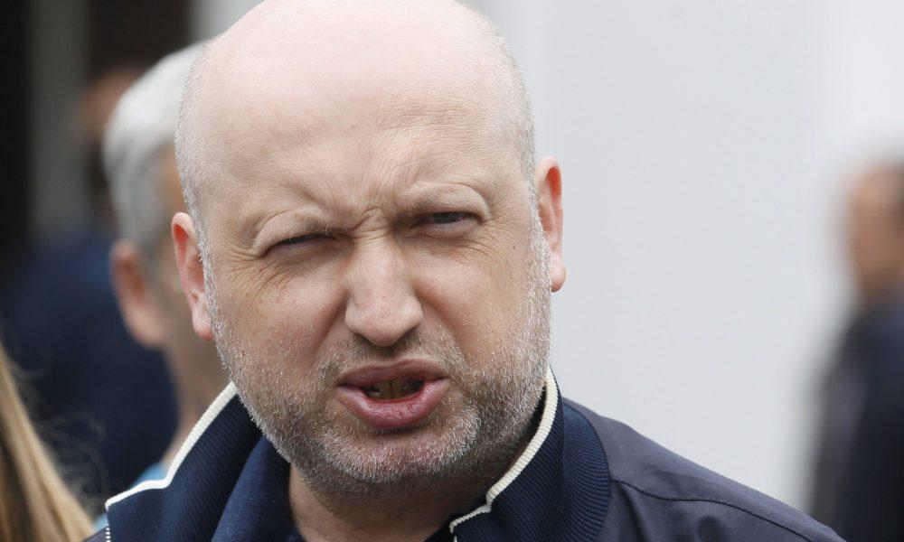 """Турчинов звинуватив Гриценка у брехні та боягузтві: він """"позер"""""""