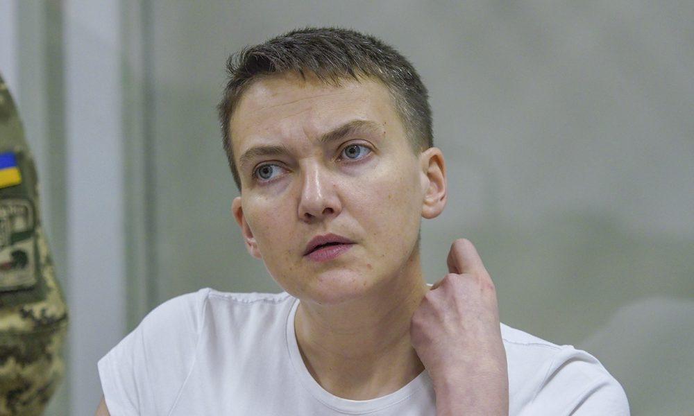 Глевкий хліб, розірвана ковбаса і душ раз в тиждень: Як Савченко живе у Лук'янівці