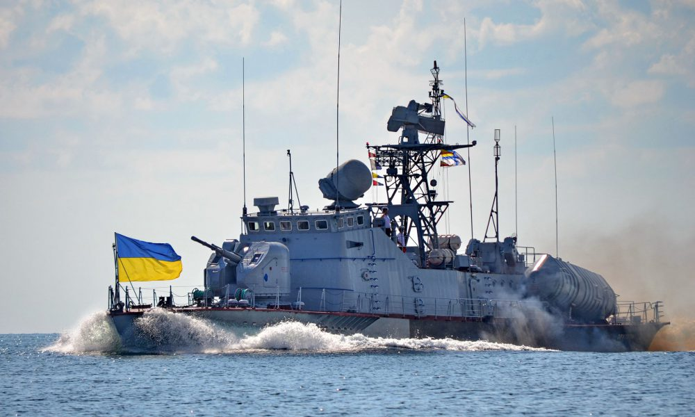 """У відкрите море вийшли """"Кентаври"""" з морськими піхотинцями ЗСУ: що відбувається?"""