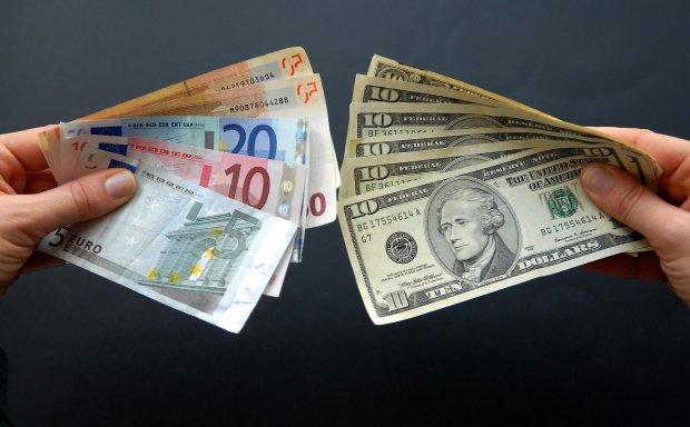 В Україні запрацюють нові правила обміну валюти і грошових переказів: що варто знати вже сьогодні