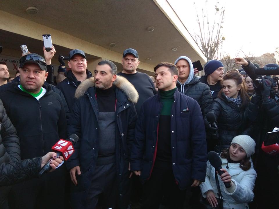 Розлючені активісти атакували Зеленського у Львові: перші подробиці