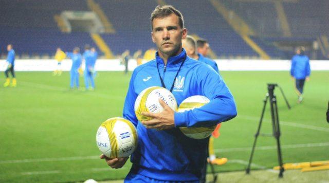 Андрій Шевченко вирішив долю Ракицького на рахунок його виклику до національної команди