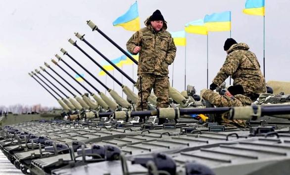 Війська навколо кордону та максимальне озброєння! Полторак зробив термінову заяву