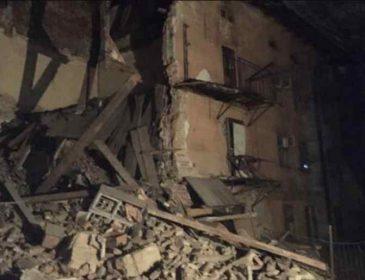 У Львові трапилась НП: обвалилася стіна житлового будинку, перші подробиці