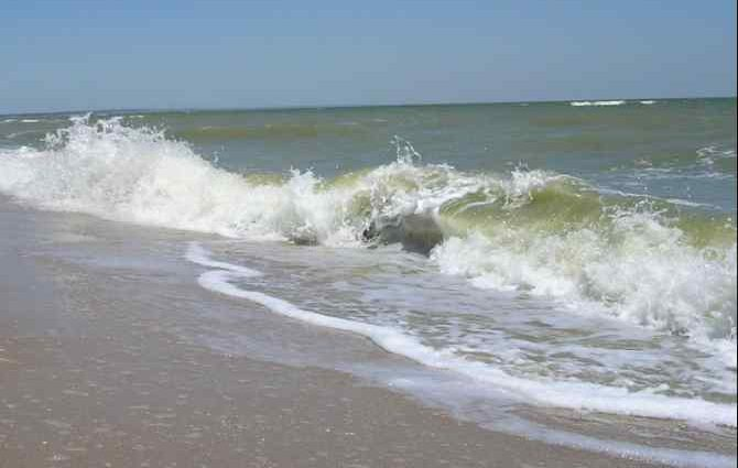 Шукають вже цілий тиждень: тіло зниклого безвісти чоловіка знайшли на березі моря