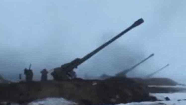 На фронті стає гаряче: українські позиції обстріляли з артилерії