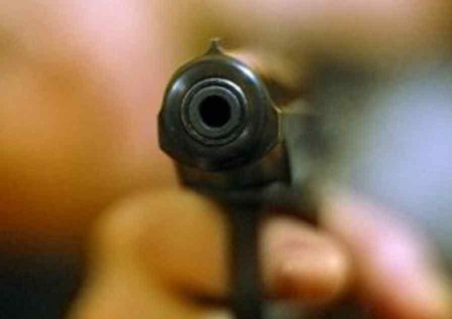 З кулею в голові: матір двох дітей поранили