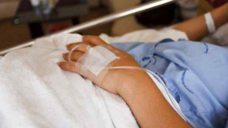 Відчула головний біль і заснула: 18-річна дівчина у комі народила дитину