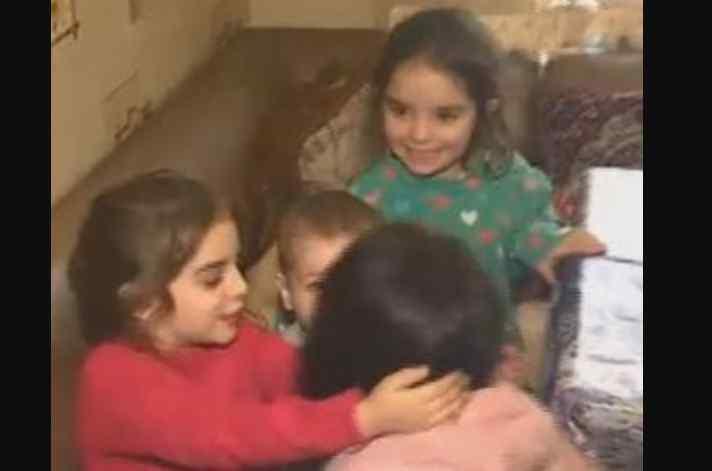 Замкнула брудних та голодних: троє дітей ледь не згоріли в хаті