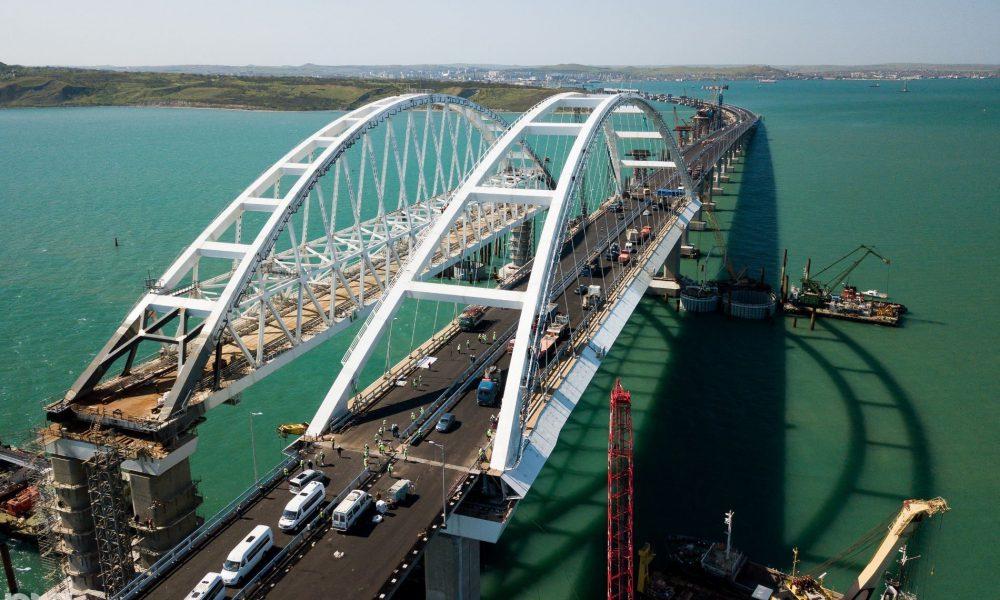 Обвалення Кримського мосту спричинить катастрофу! Тука зробив тривожний прогноз