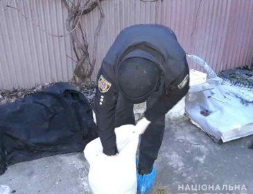Застілля закінчилось трагедією: В Одесі чоловік жорстоко вбив гостя