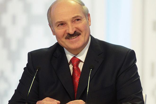 """""""Думав, що мене вб'ють"""": Лукашенко зробив гучну заяву про владу Росії"""