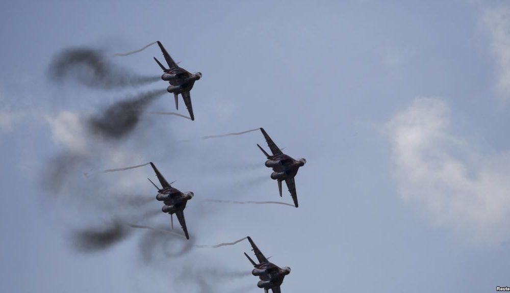 Російські літаки у небі Донбасу! Українська ППО приведена в бойову готовність