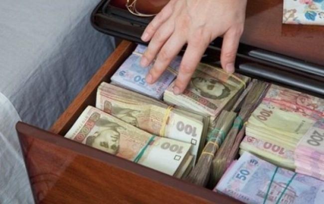 """""""Загальна доплата 12 тисяч"""": Кого з 1 квітня чекають збільшені виплати від держави"""