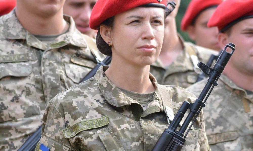 Таня верни орден! Військові зі скандалом пішли проти Чорновол
