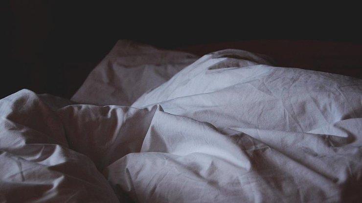 Сучасні Ромео і Джульєтта: У Херсоні закохані одночасно померли в ліжку