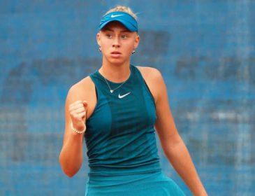 Тенісистка Дар'я Лопатецька вийшла до 1/2 фіналу турніру в Японії