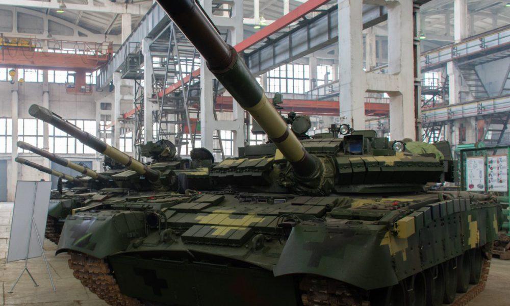"""Зможуть знищувати противника в будь-який час доби: ЗСУ отримають """"танк-монстр"""" Т-80"""
