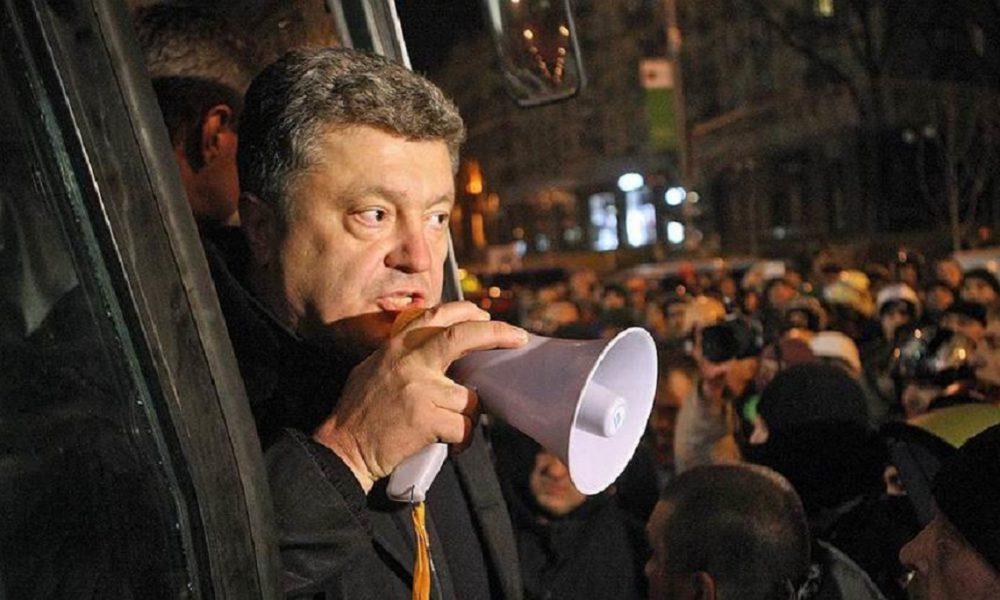 Політолог розповів про фатальну помилку Порошенка: «Добирає голоси «по копійці»