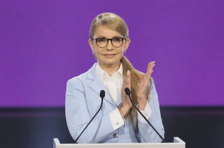 Інформацію здала майстр манікюру! Тимошенко потрапила в новий гучний скандал