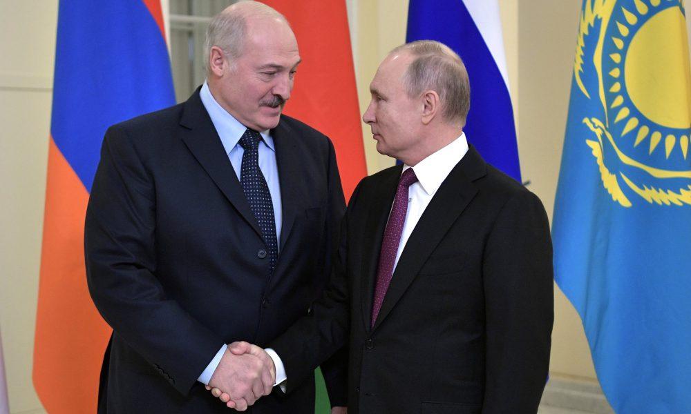 """""""Лукашенко знає"""": Білорусь попередили про швидку окупацію Росією"""