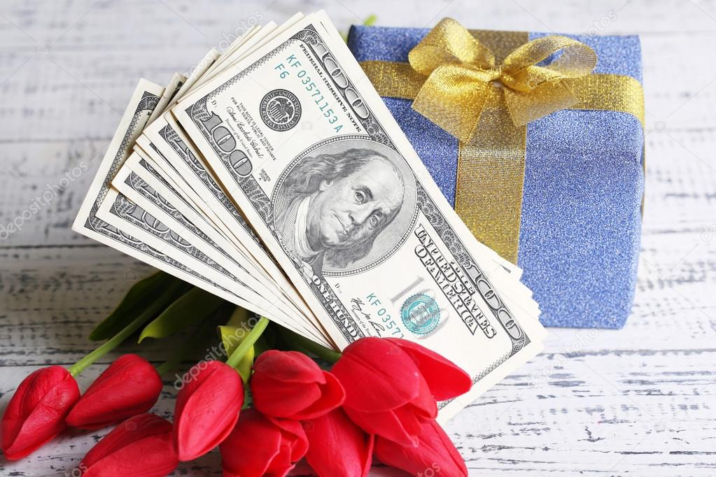 Свіжий курс валют на 8 березня: чим здивують долар і євро на жіноче свято
