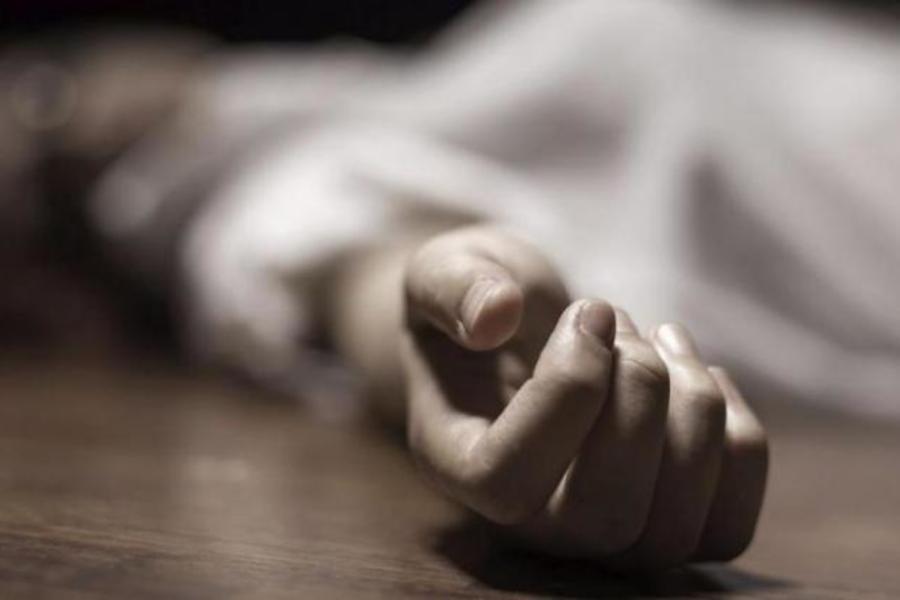 Не відходячи від столу: на Житомирщині загадково померло четверо чоловіків