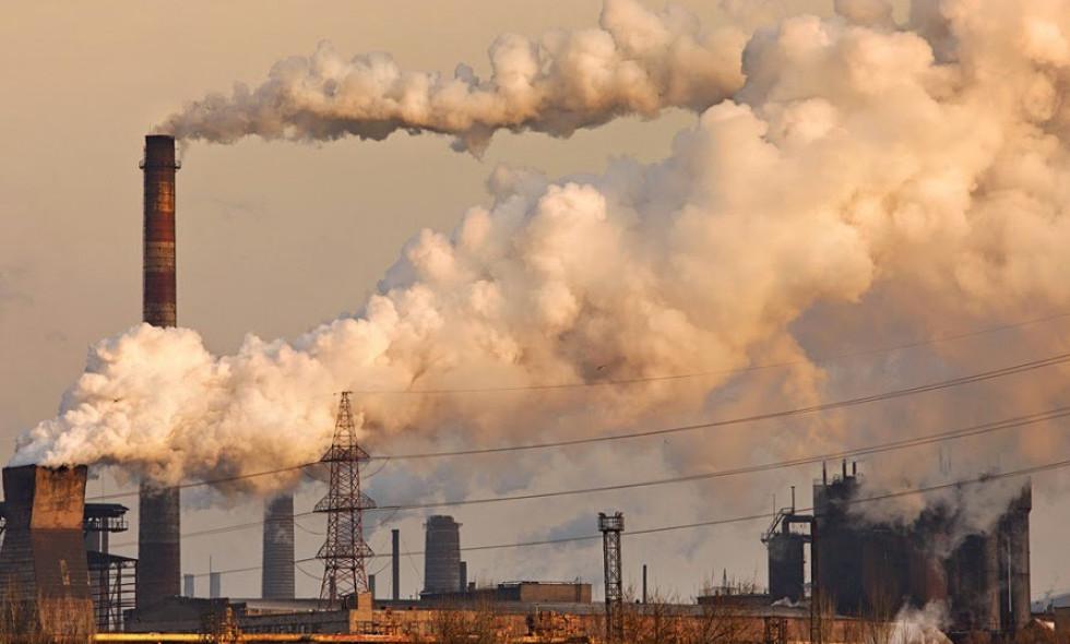 Терміново! В Криму стався викид хімічних речовин: окупанти в паніці