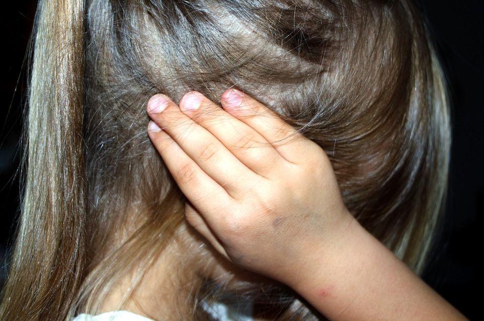 Рік працівник сфери освіти розбещував п'ятьох малолітніх дітей: відомі подробиці жахливого злочину на Київщині