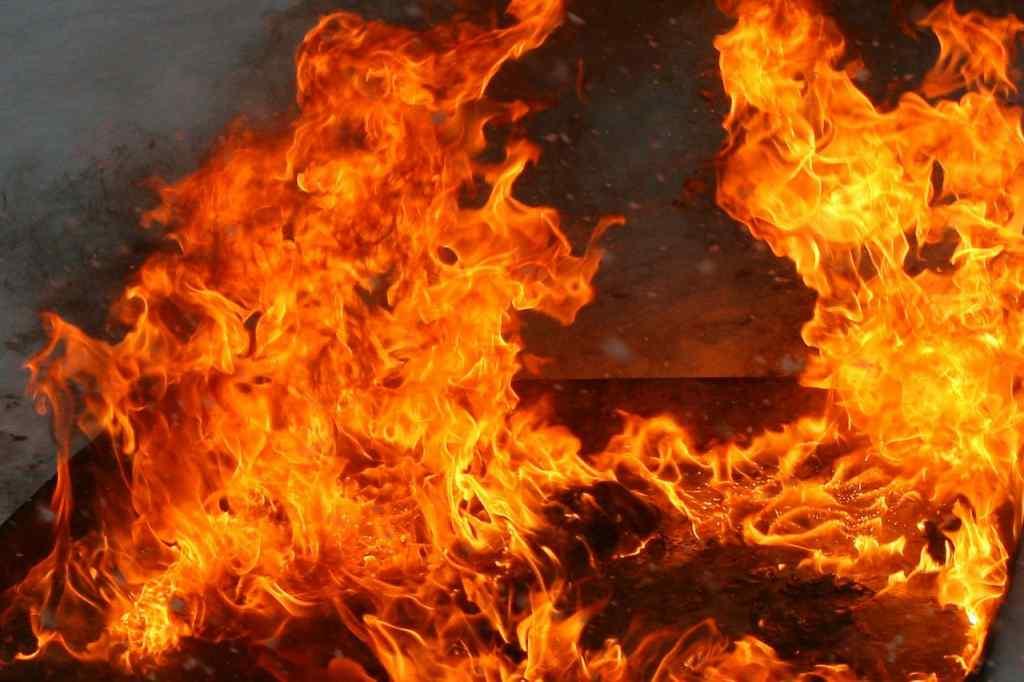 Фатальна пожежа на Львівщині: у вогні загинула людина