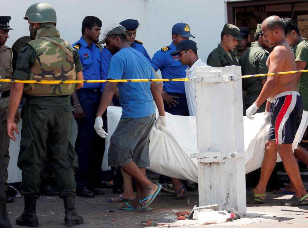 Комендантська година і заборона соцмереж: Жителів Шрі-Ланки закликали готуватися до нових терактів