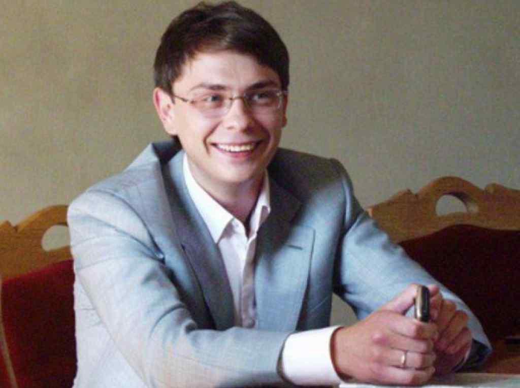 """""""Звинувачення у розкраданні"""": Екс-нардеп Крючков прибув в Україну і дає свідчення"""
