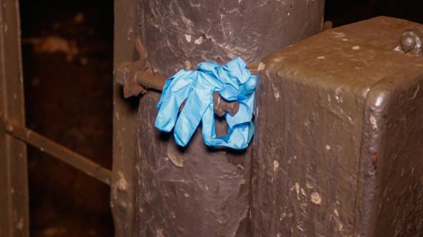 Тіло лежало прямо на рейках: в Києві знайшли труп чоловіка