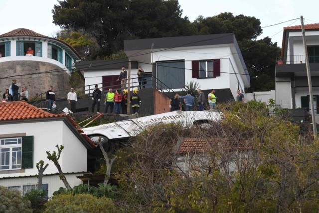 Вилетів прямо на будинок: у страшному ДТП на Мадейрі загинуло 28 осіб