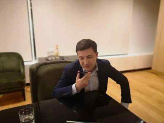 """""""Трамп зателефонував особисто"""": Впливові європейські лідери вітають Зеленського з перемогою на виборах"""